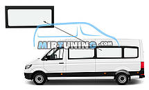 Боковое стекло Volkswagen Crafter 2016-2020 длинная база среднее левое