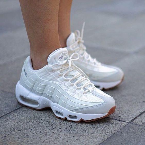 Женские Nike air max 95 белый с сеткой