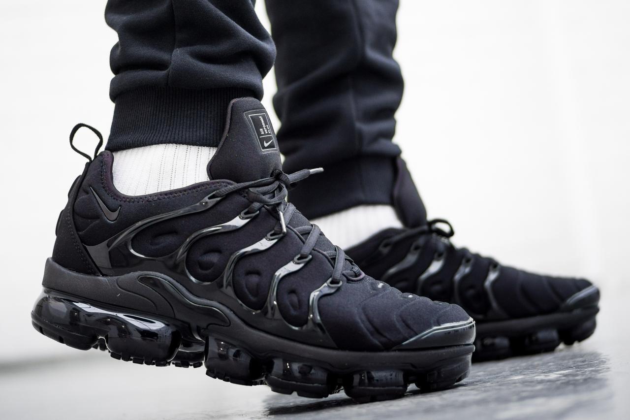 Мужские кроссовки в стиле Air Vapormax Plus Black