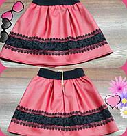 Детская юбка из эко-кожи с кружевом