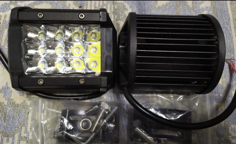 Фары LED 36W. противотуманки светодиодные. 10 на 8 см. Металл. 12-24V