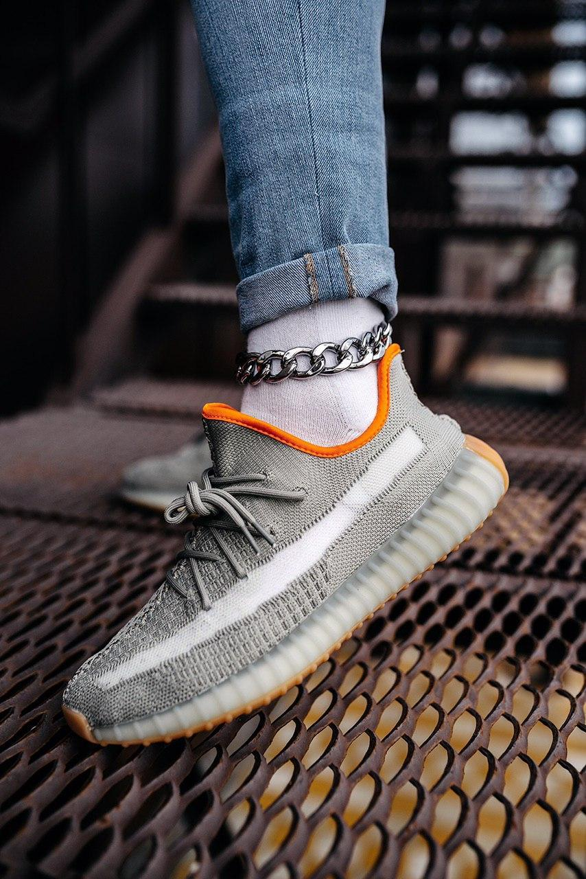 Стильные кроссовки Adidas Yeezy Boost 350 V2 Linen Revealed(Адидас Изи Буст 350)
