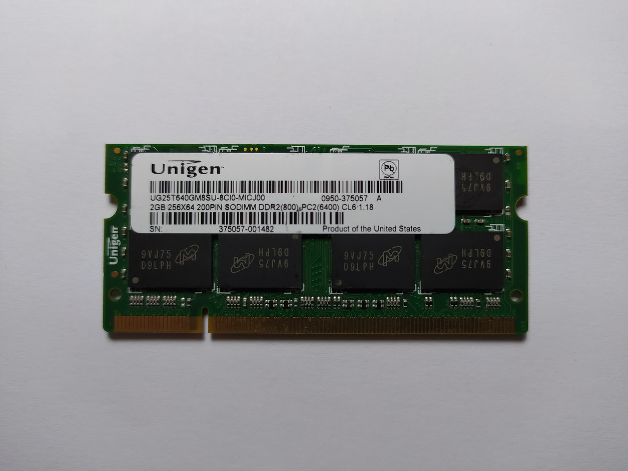 Оперативная память для ноутбука SODIMM Unigen DDR2 2Gb 800MHz PC2-6400S (UG25T640GM8SU-8CI0-MICJ00) Б/У