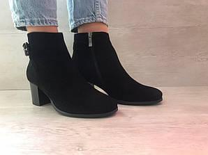 Ботинки женские черные замшевые на боковой молнии 37,38 арт.5757