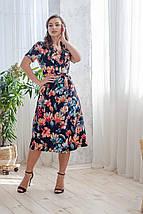 Платье женское на запах пастельные цветы на черном с коротким рукавом цветочное, фото 2