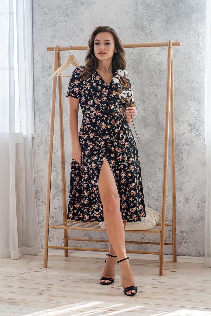 Платье женское 48-50 цветочное летнее на запах миди с коротким рукавом