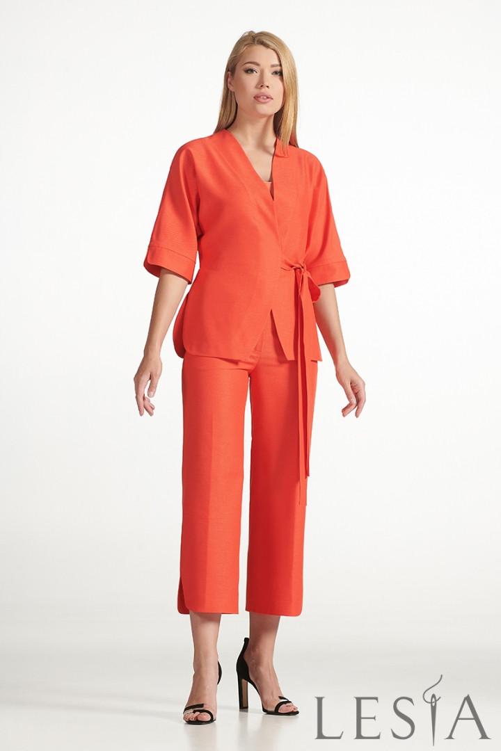 Стильний жіночий костюм з жакета та штанів Lesya Аспен.