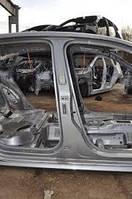 Стойка кузовная центральная правая VW Passat B7 USA 1.8 TSI 2012-2015