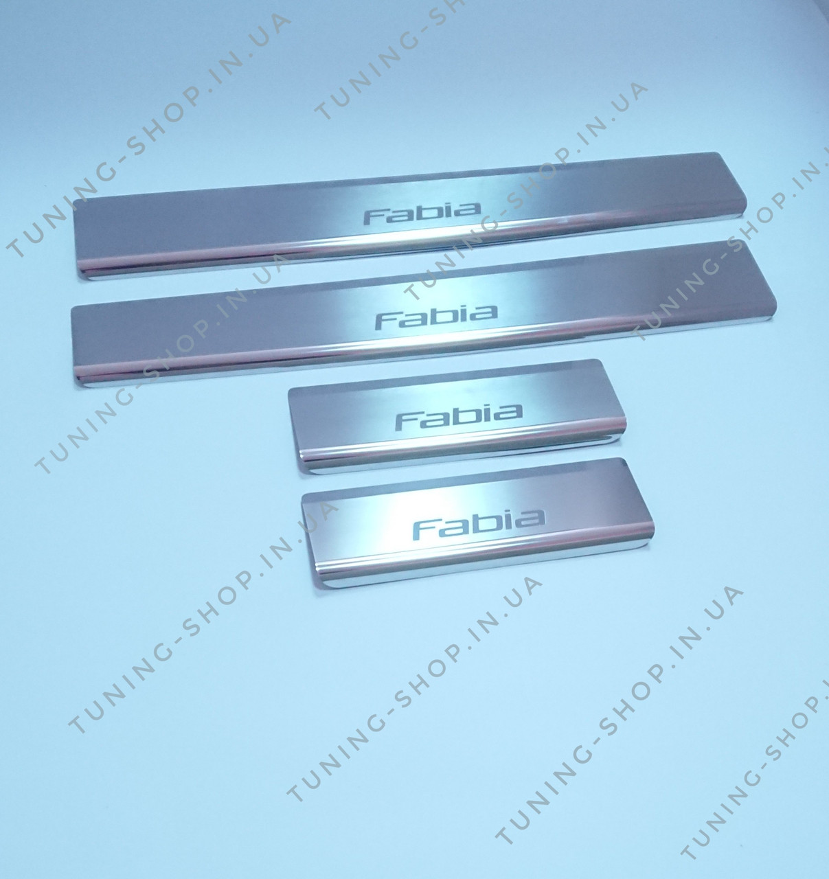 Накладки на пороги Skoda Fabia 2007-2014, Premium