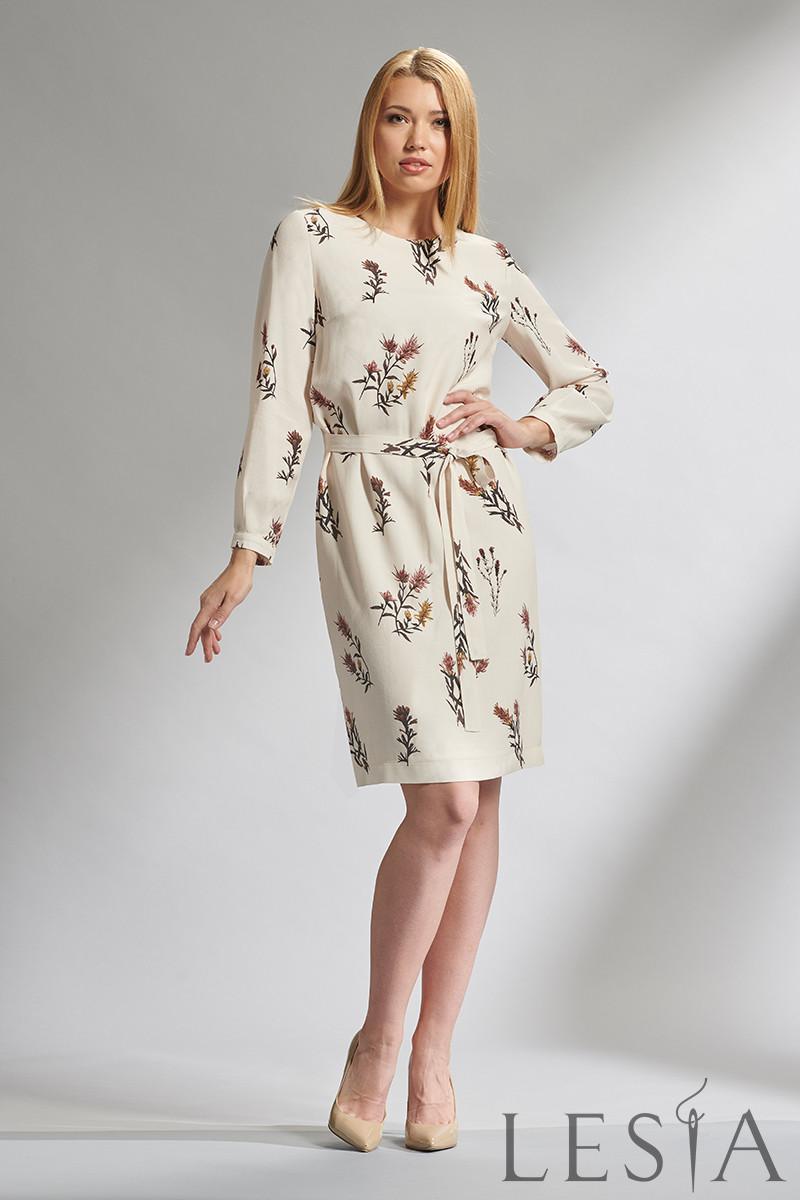 Женственное платье прямого силуэта в растительный принт Lesya Фиоре 2.