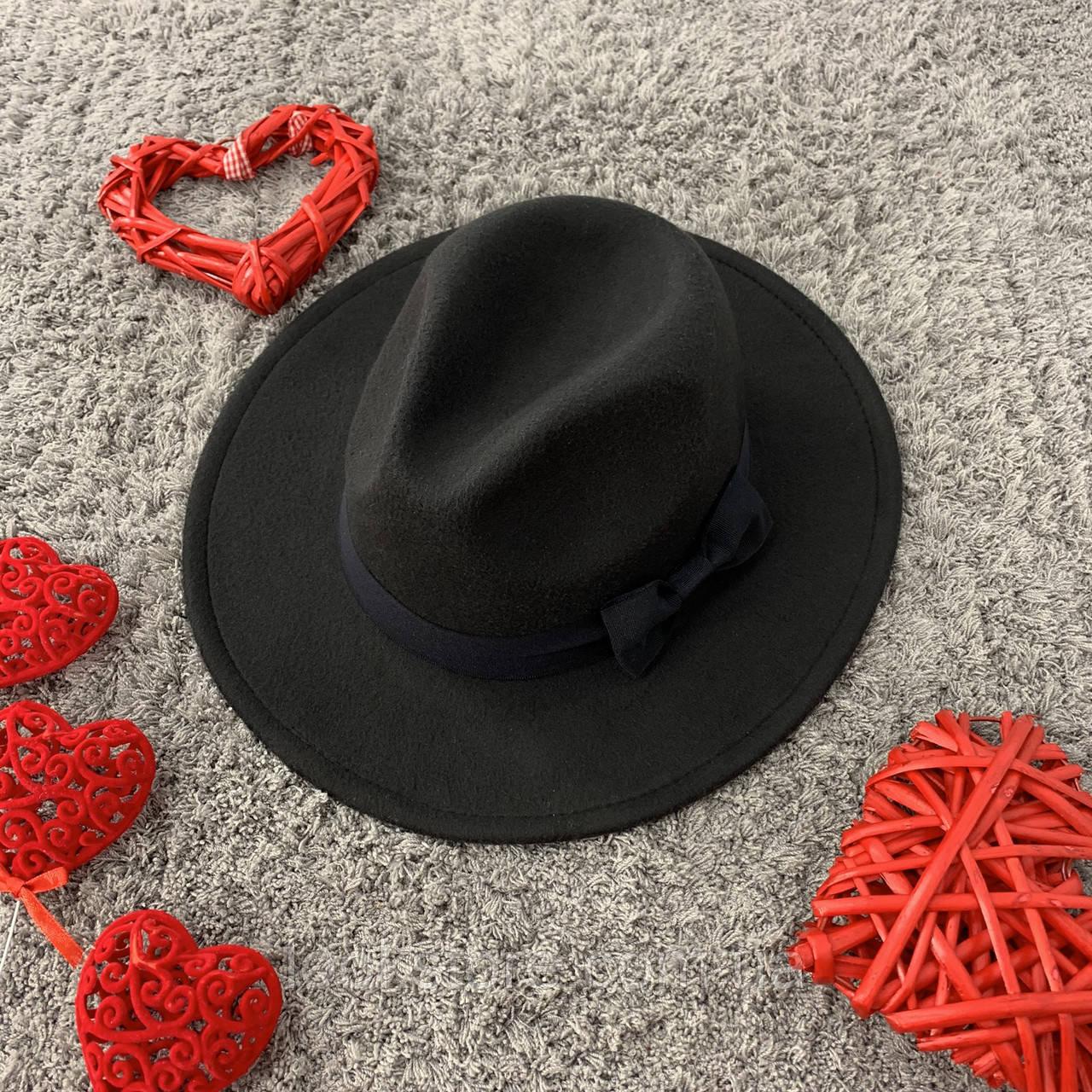 Шляпа Федора унисекс с устойчивыми полями и бантиком черная