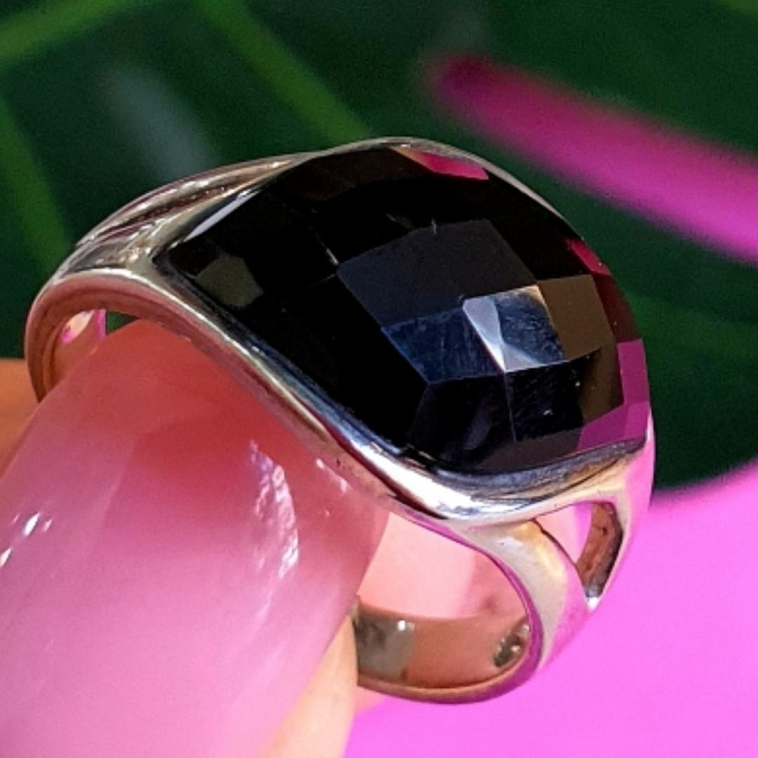 Кольцо из серебра с черным фианитом - Серебряное кольцо с черным камнем