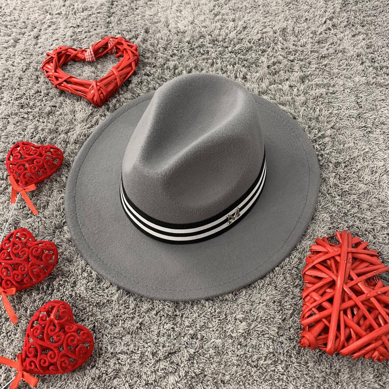 Шляпа Федора унисекс с лентой в полоску в стиле Maison Michel серая