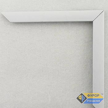 Рамка на заказ для картины, иконы, фото, вышивки, зеркала белая (ФРЗ-1045)