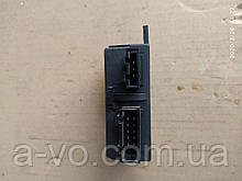 Модуль датчик  имобилайзера VW Transporter T-4 90-03р 73654302 6X953257