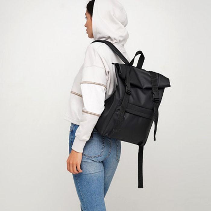 Вместительный женский городской рюкзак роллтоп черный экокожа (качественный кожзам)