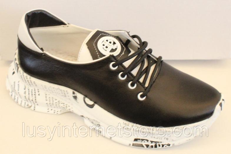 Кроссовки черные кожаные женские на толстой подошве от производителя модель ЛИ113-2