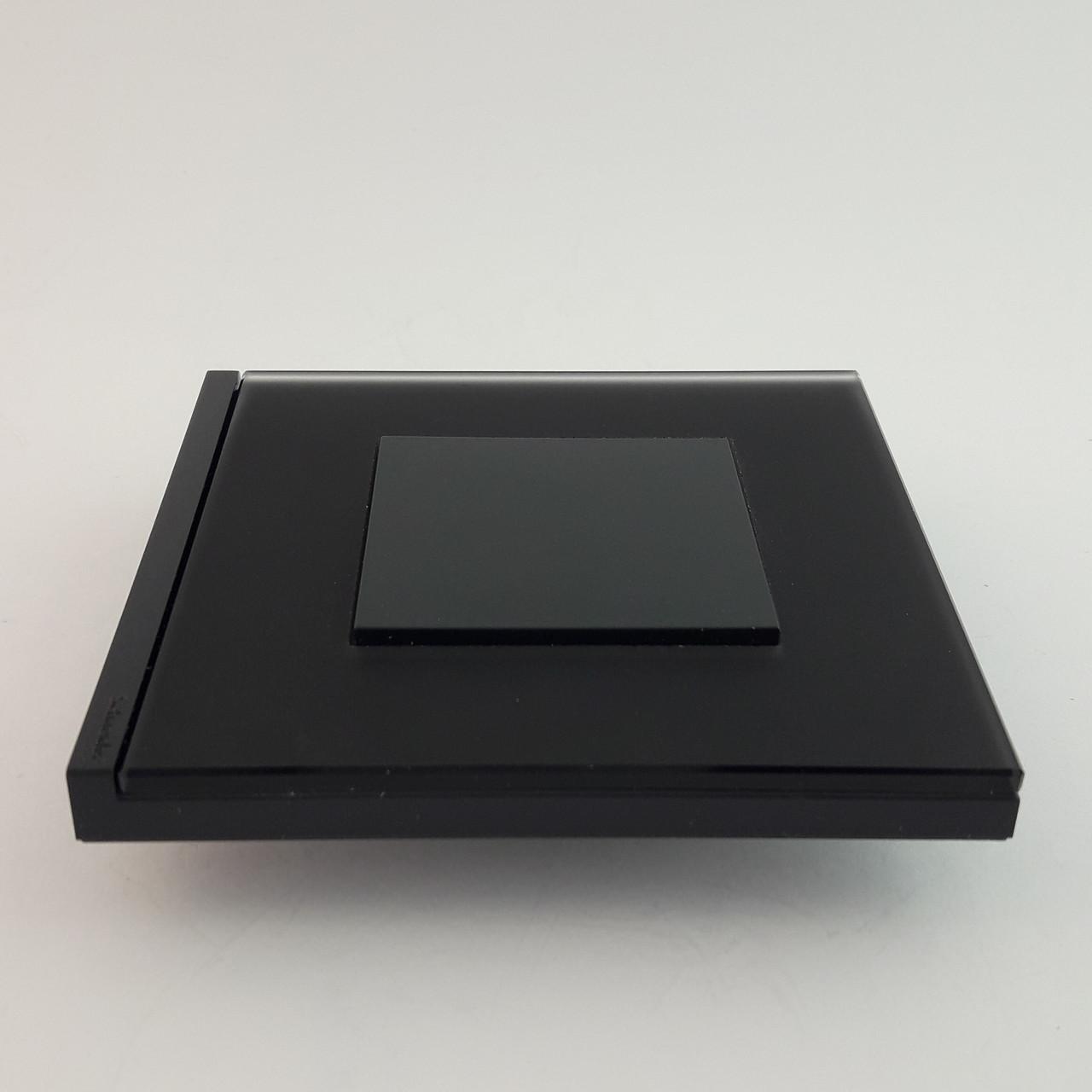 Рамка 2 постовая вертикальная Unica Pure, черное стекло, 2х2 модуля