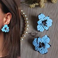 """Голубые серьги с цветами ручной работы из полимерной глины """"Голубые гладиолусы"""""""