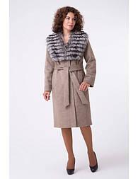Зимовий класичне пальто з хутром чорнобурки . Almatti Z 43