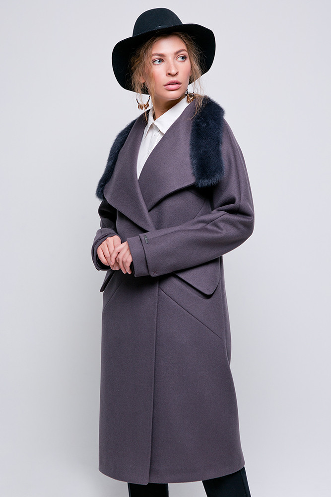 Стильне зимове пальто з обробкою з хутра норки Vam 582