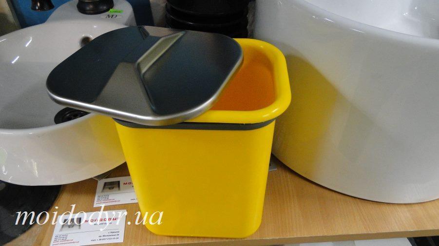 Ведро мусорное врезное прямоугольное (желтое)