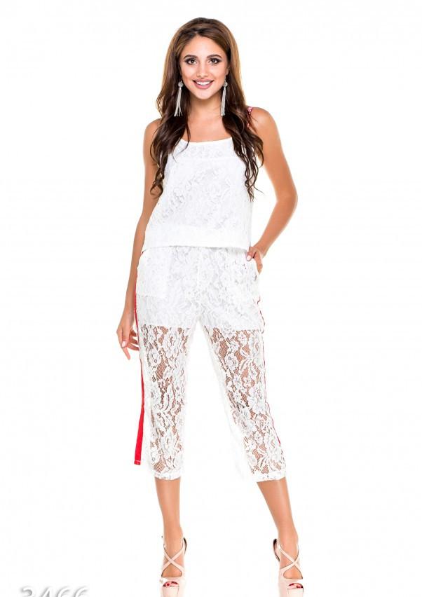 Белый кружевной костюм из майки и бриджей с красной отделкой L