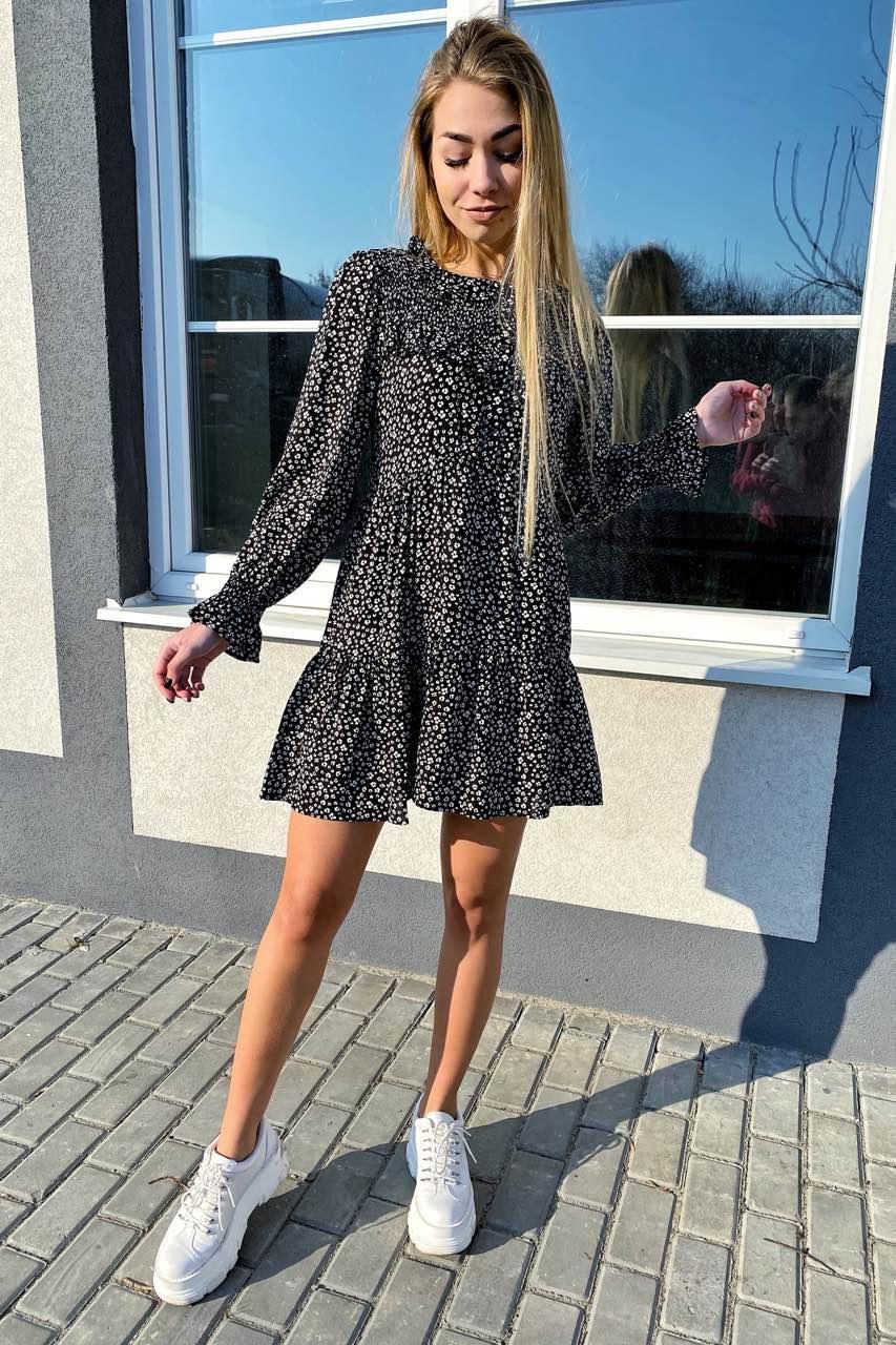 Стильное котоновое платье в мелкий принт с рюшами и пуговицами  VOOL Style - черный цвет, S (есть размеры)