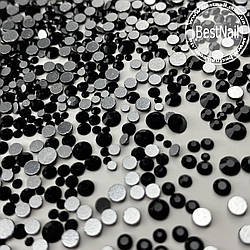 Стразы микс размеров черные (стекло) 100 штук