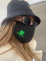 Маска защитная тканевая трехслойная многоразовая модная с фирменным шевроном Doratti Mdor71