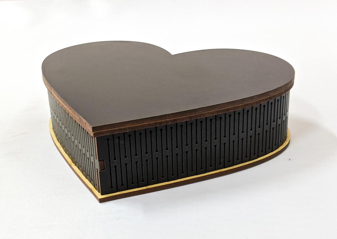Шкатулка сердце для декупажа. Черный МДФ 17х15см