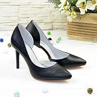 Женские кожаные черные туфли на шпильке