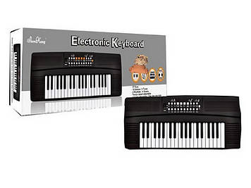 Синтезатор 37 клавіш,4 ритми,3 тони,від мережі,в кор-ці,62х19х7см №SK3733(24)
