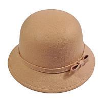 Шляпа женская зимняя с небольшими полями фетровая, бежевая
