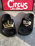 Черные шлепанцы с пчелой и короной бренд sam edelman, фото 6