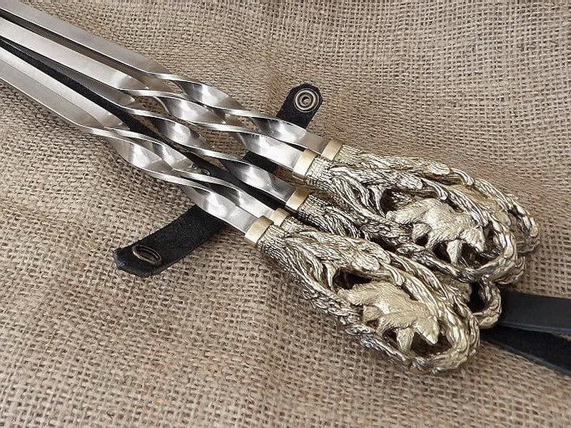 """Подарочный набор шампуров с бронзовыми ручками """"Медведь"""" в колчане из натуральной кожи"""