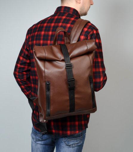 Мужской коричневый рюкзак роллтоп из экокожи (качественный кожзам) городской, офисный, деловой