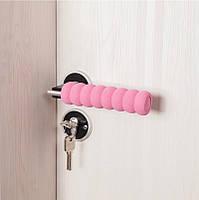 Грипсы, накладки на ручки двери мягкие, защита на ручку двери, розовая.