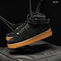 Мужские зимние кроссовки на меху Nike Air Force High Suede, замша, полиуретан, черные с белым.