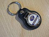 Брелок кожзам округлый Daewoo Уценка пятно на заклепке эмблема Деу автомобильный на авто ключи комбинированный, фото 6