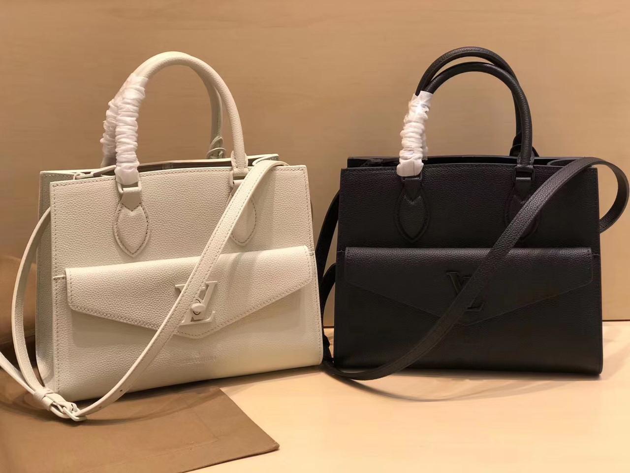 Сумка Louis Vuitton жіноча