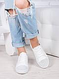 Классические кожаные белые кеды  женские с перфорацией, фото 3