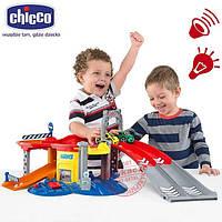 Детский Игровой Набор для мальчиков Интерактивный Гараж с 2 инерционными машинками, свет. и звук. эфф. Chicco