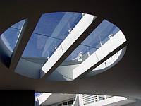 Стеклянная конструкция из закаленного стекла