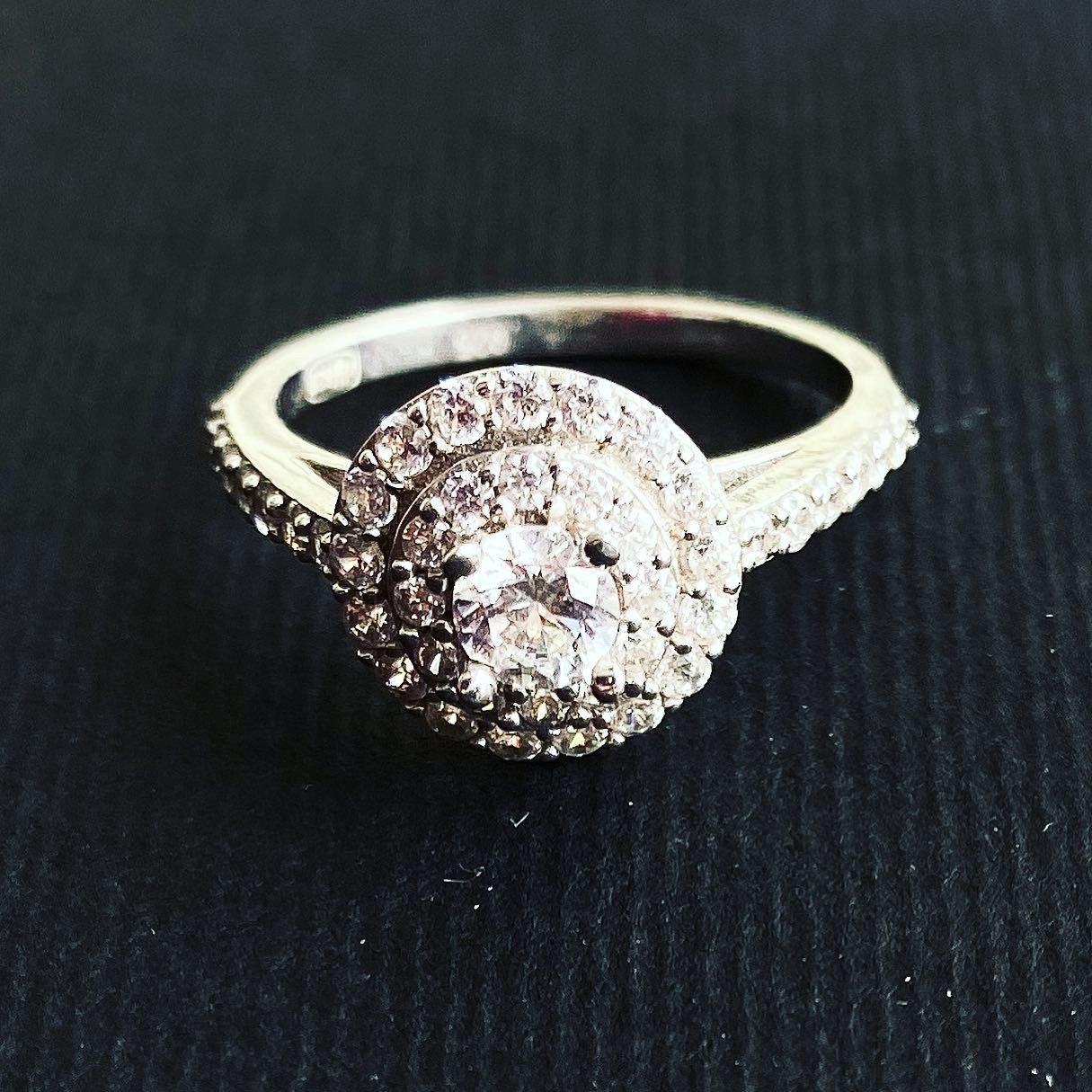 Кольцо Beauty Bar из серебра с камнями Swarovski (размеры 16 и 16,5)