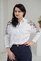 Стильна жіноча біла батистова блуза розшита квітами на рукавах №762