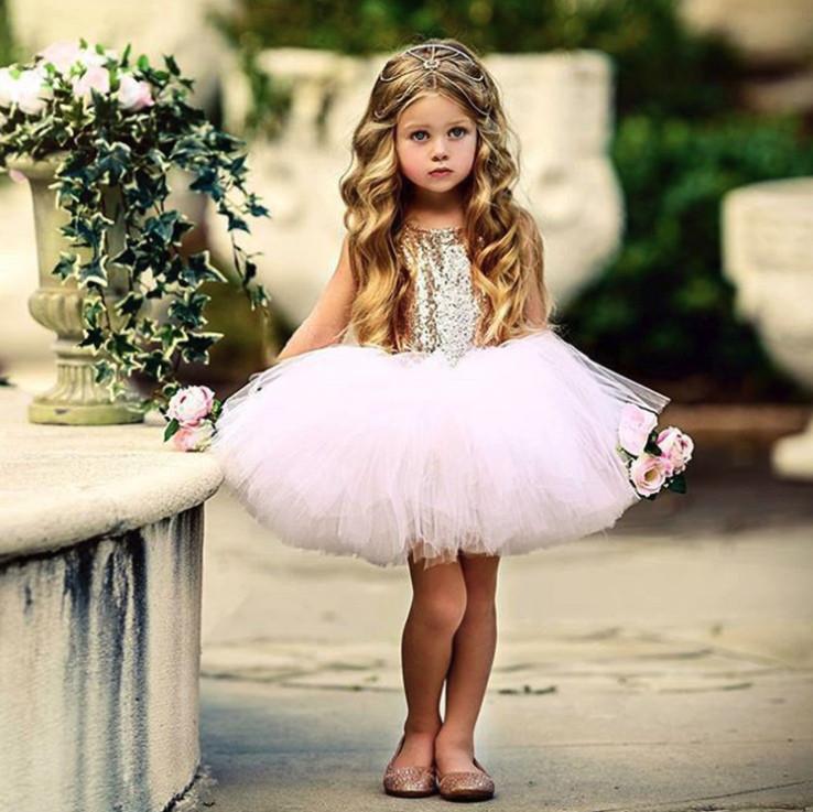 Нарядное детское пишное платье на девочку розовое с пайетками 1-3 года