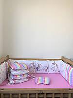 Наборчик бортиков с панелями со съёмными наволочками на 4 стороны кроватки, простынка на резинке, подушечка.
