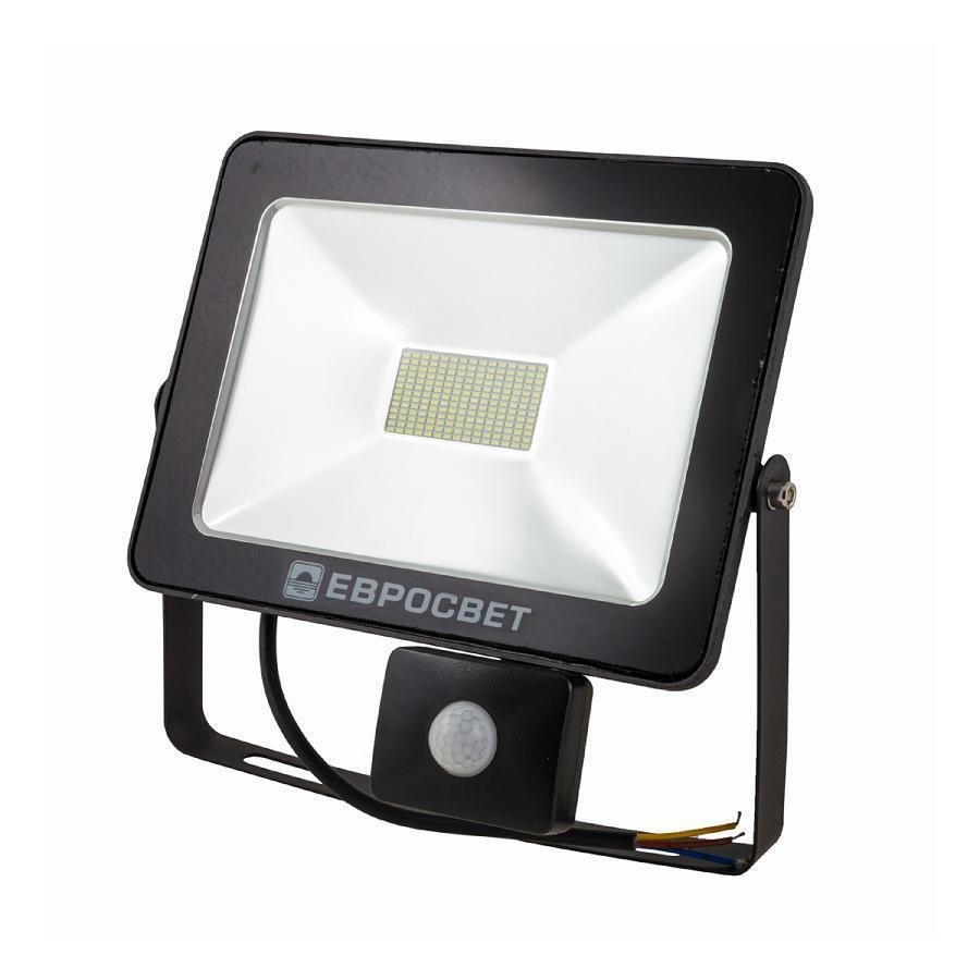 Прожектор светодиодный ЕВРОСВЕТ 50Вт с датчиком движения EV-50-01 STAND 6400К 4000Лм
