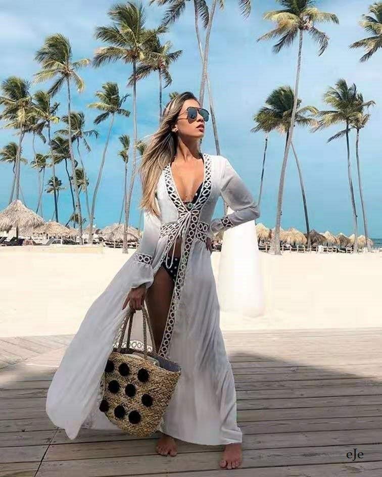 Пляжный белый халат на завязках